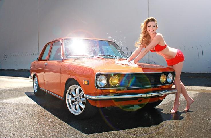 Datsun 510 Bikini Babe